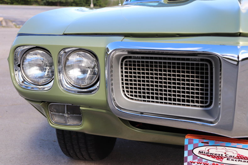 599407951c381 low res 1969 pontiac firebird
