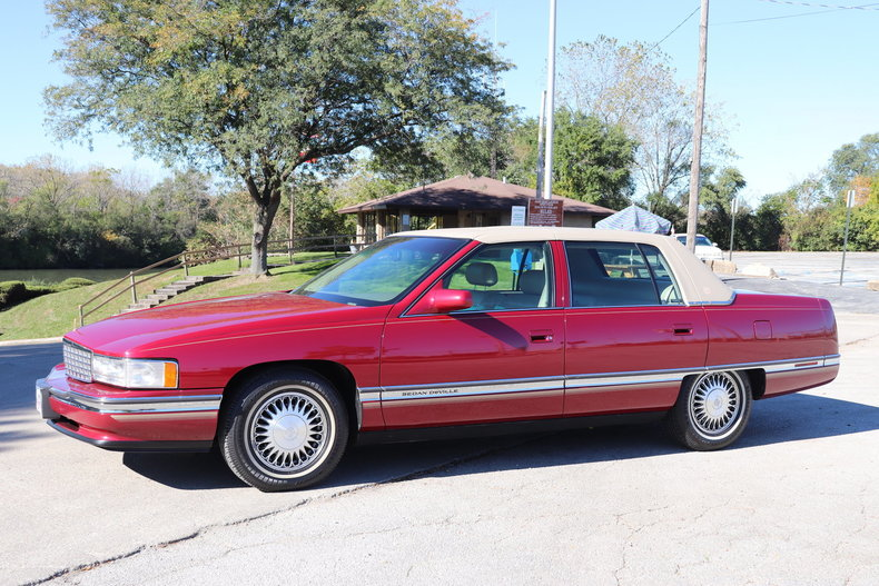 604168deec85a low res 1994 cadillac sedan deville