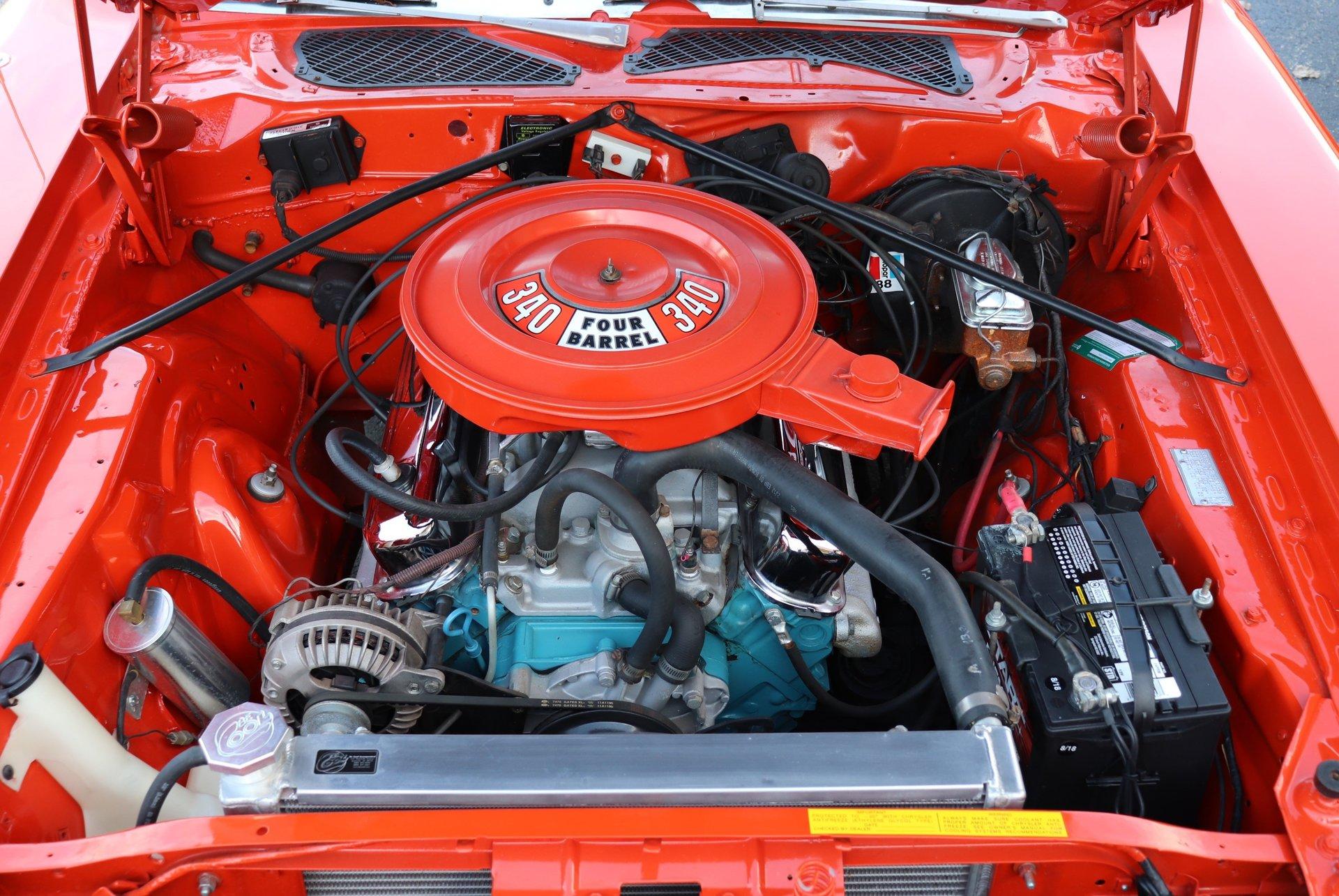 V-8 340 エンジン