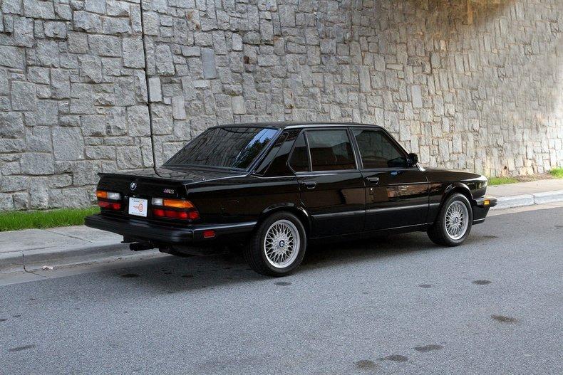 BMW M My Classic Garage - 1988 bmw m5