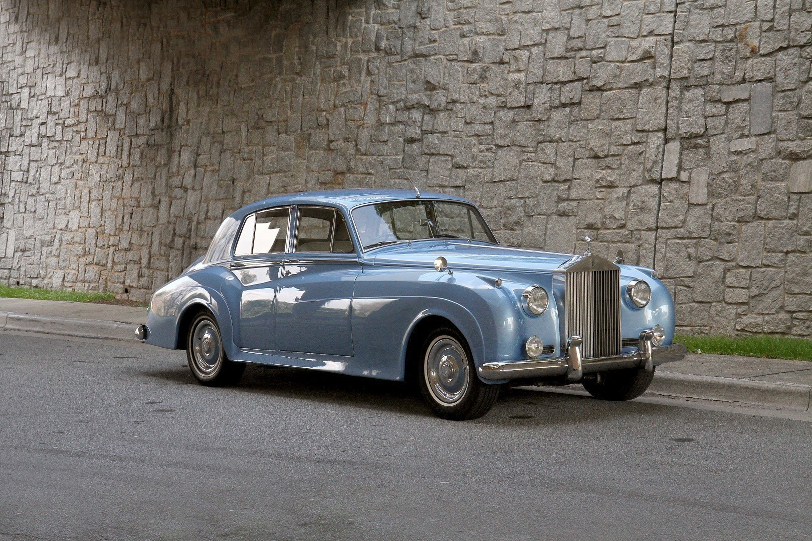 42167f744224 hd 1960 rolls royce silver cloud ii