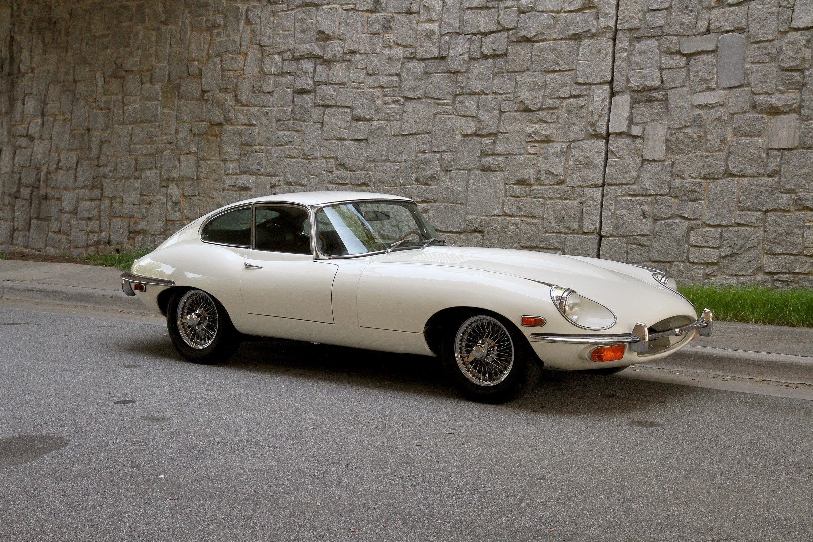 5034fff95097 hd 1969 jaguar xke