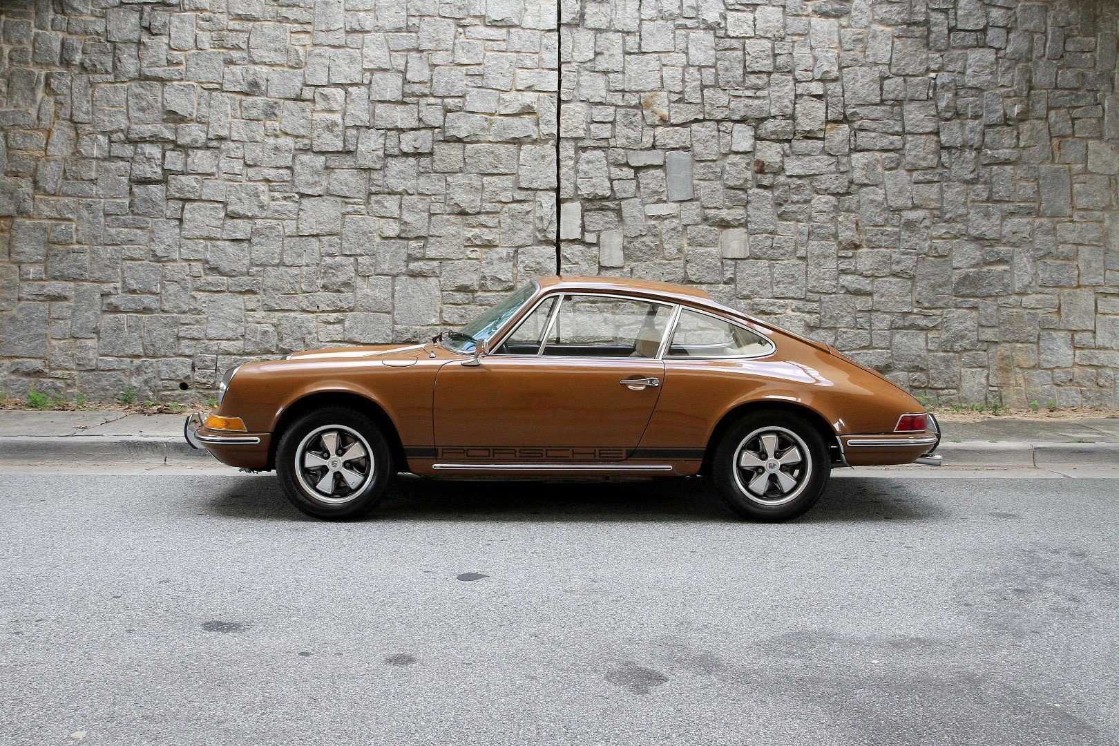 1969 porsche 912 motorcar studio. Black Bedroom Furniture Sets. Home Design Ideas