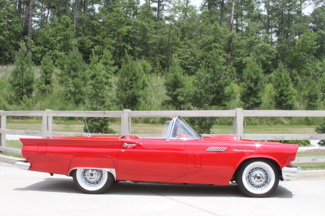140409742027 low res 1957 ford thunderbird