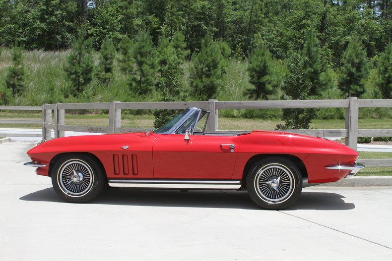 1573332cdc69 low res 1965 chevrolet corvette