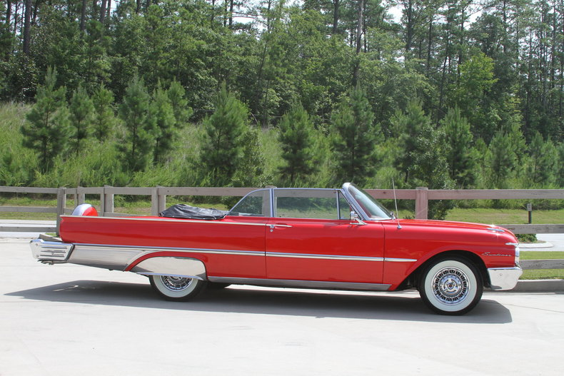 1009ef691c6b low res 1961 ford galaxie sunliner