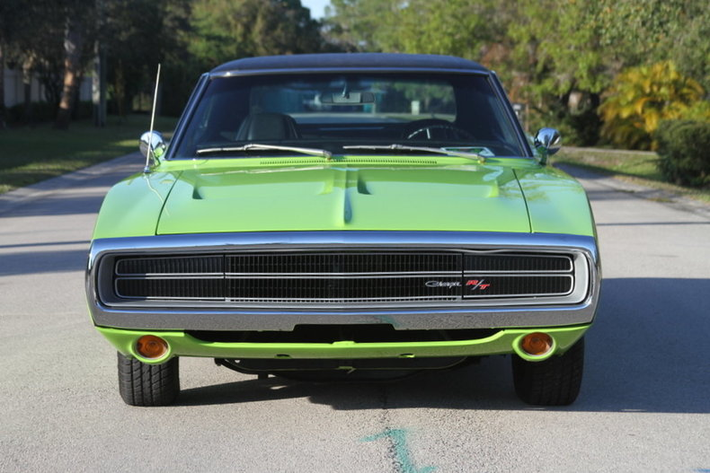 1257b41f0816 low res 1970 dodge charger