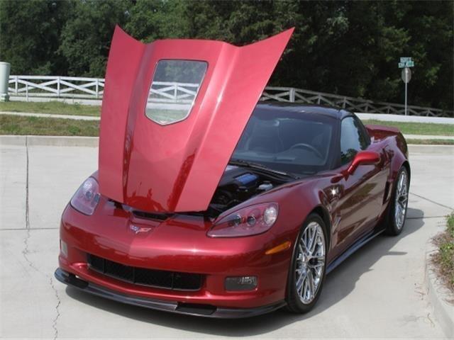 11276424df7 low res 2010 chevrolet corvette zr1 w 3zr
