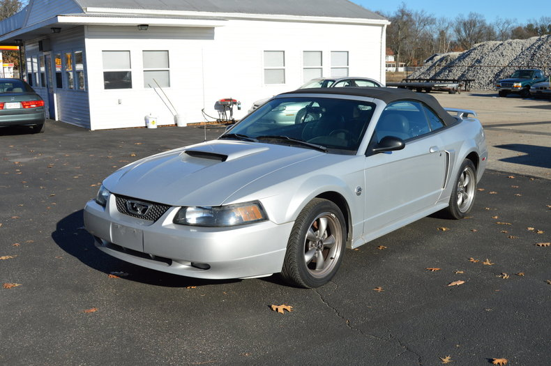 53895d73f5a9 low res 2004 ford mustang gt