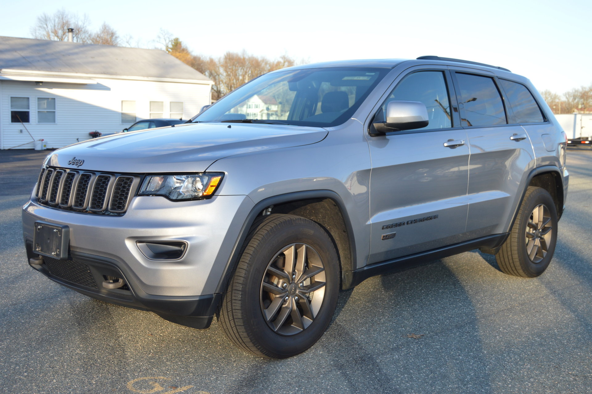 2016 jeep grand cherokee 75th anniversary edition for sale 82944 mcg. Black Bedroom Furniture Sets. Home Design Ideas
