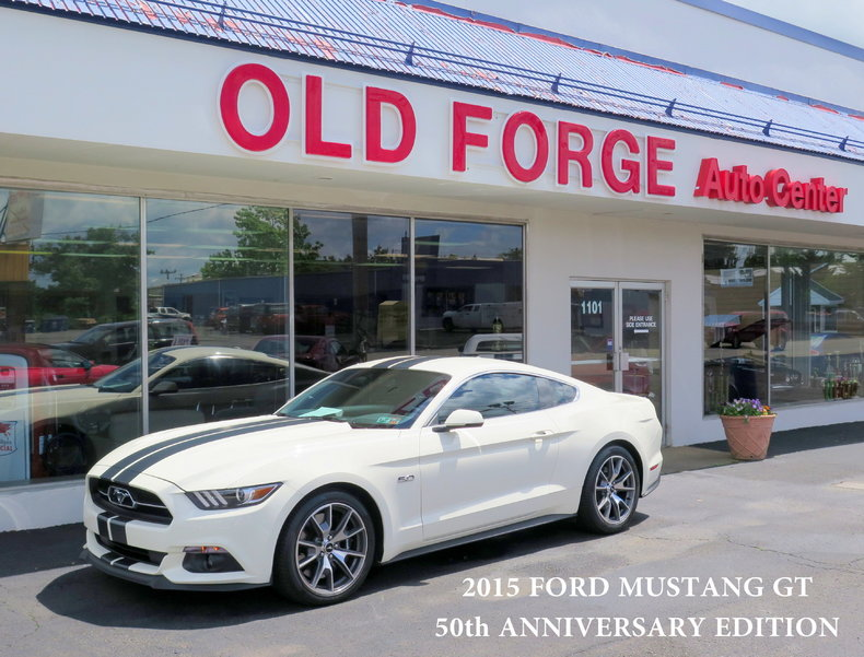 2015 Ford Mustang GT Anniversary