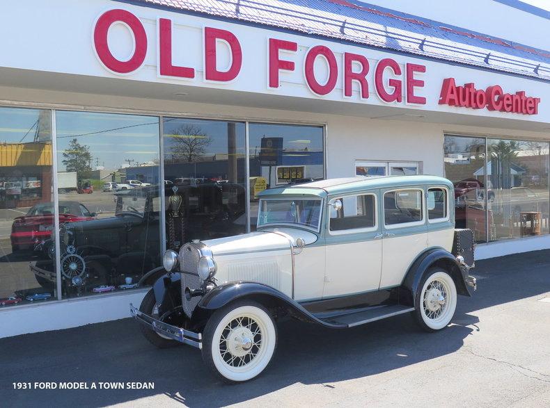 1931 Ford Model A Town Sedan