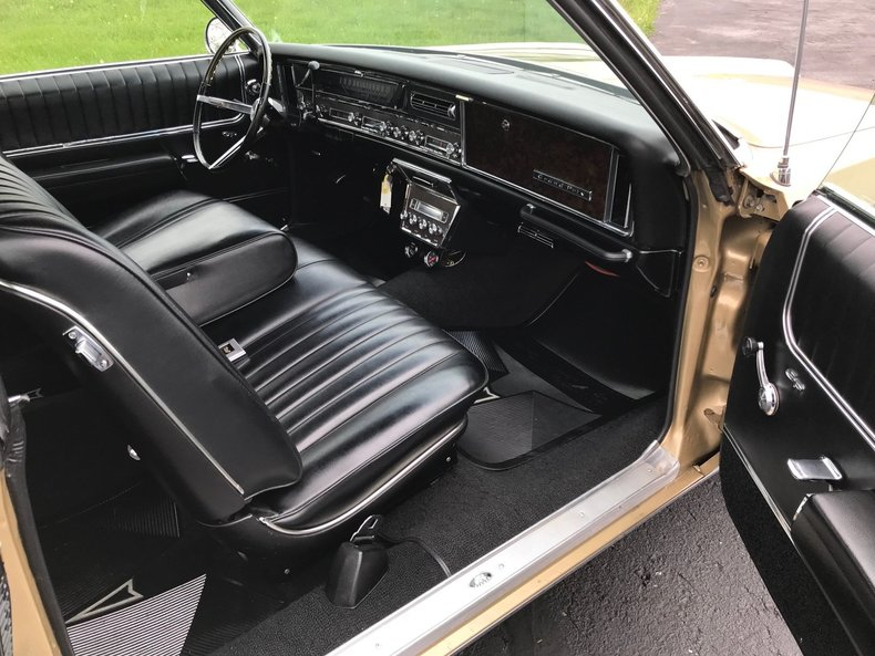 For Sale 1967 Pontiac Grand Prix