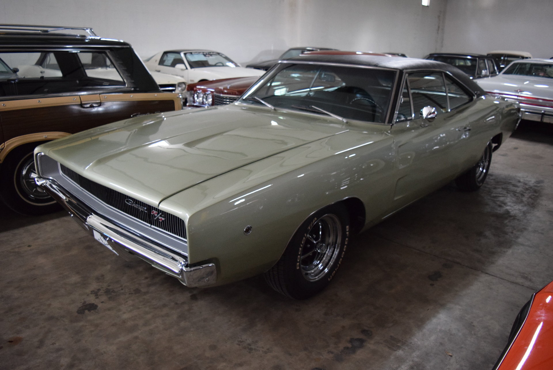 D D Hd Dodge Charger R T on 1968 Dodge Charger Center Console
