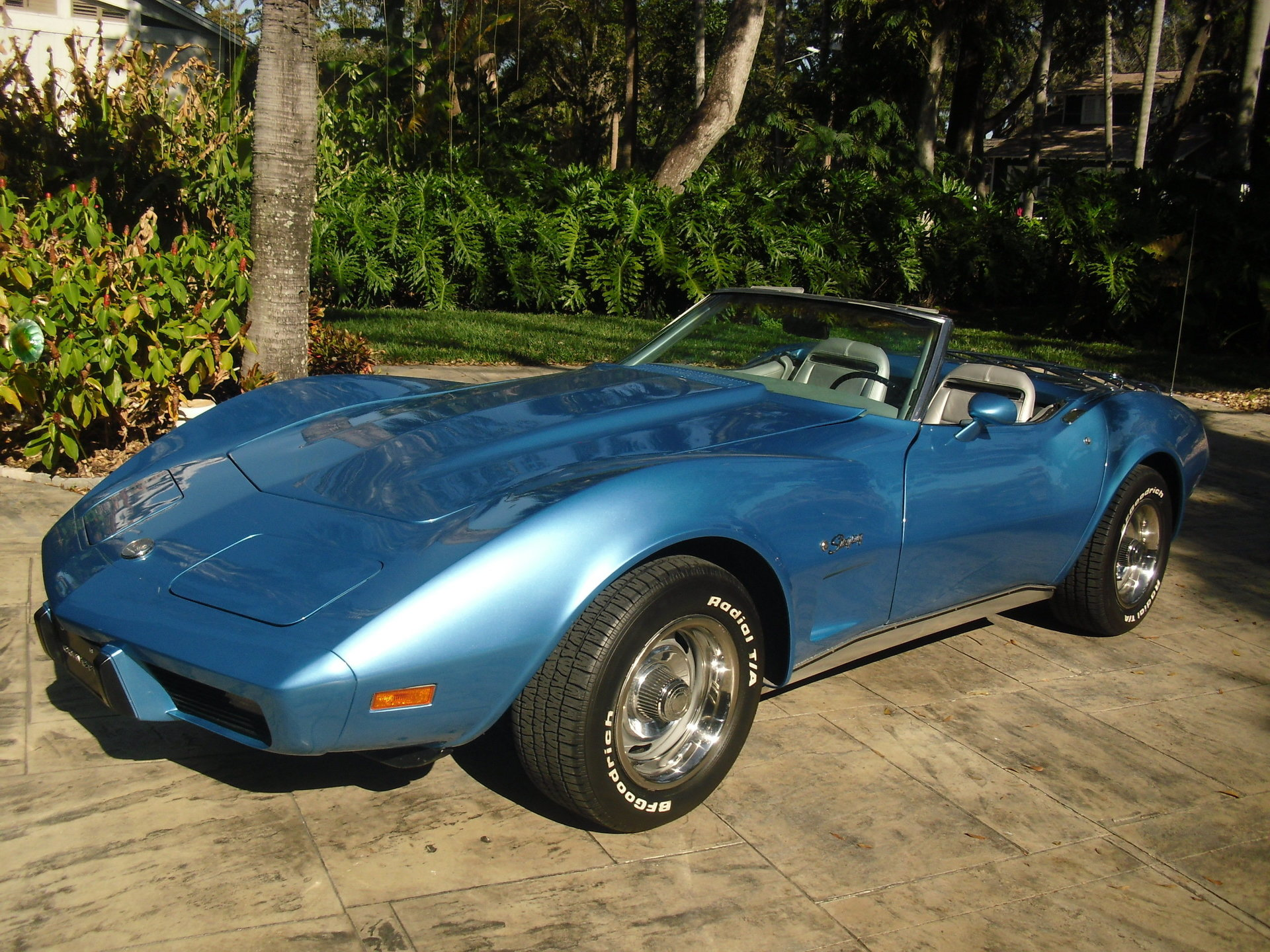 116226a53610a hd 1975 chevrolet corvette convertible