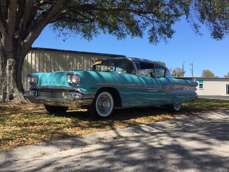 1958 Pontiac Star Chief