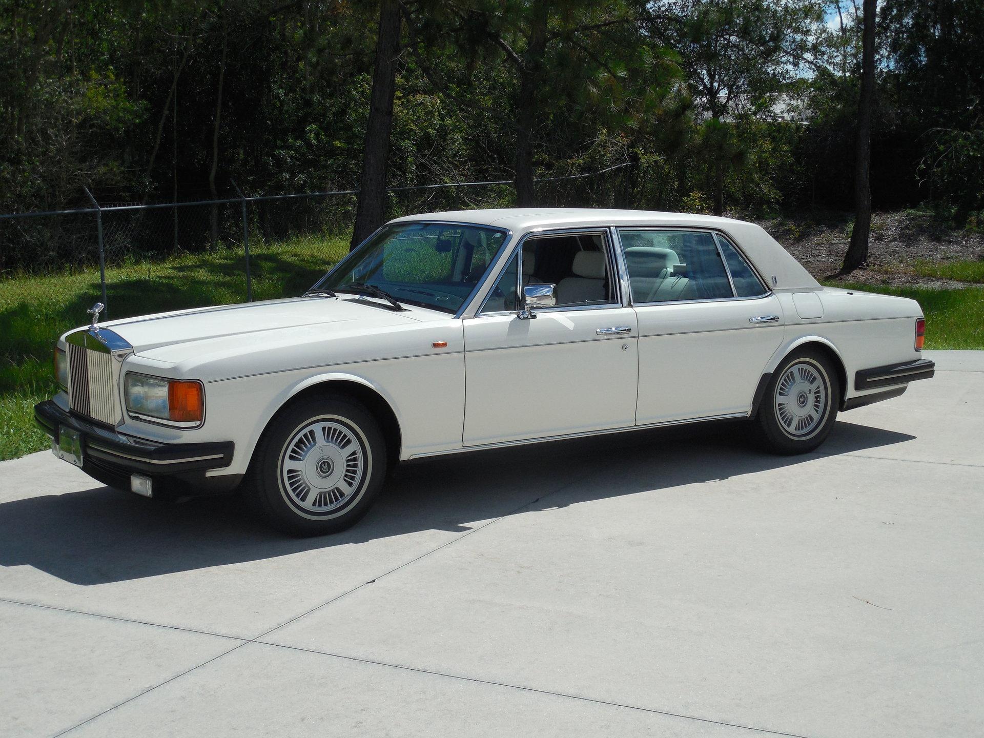 7705b045f28e hd 1991 rolls royce silver spur ii saloon