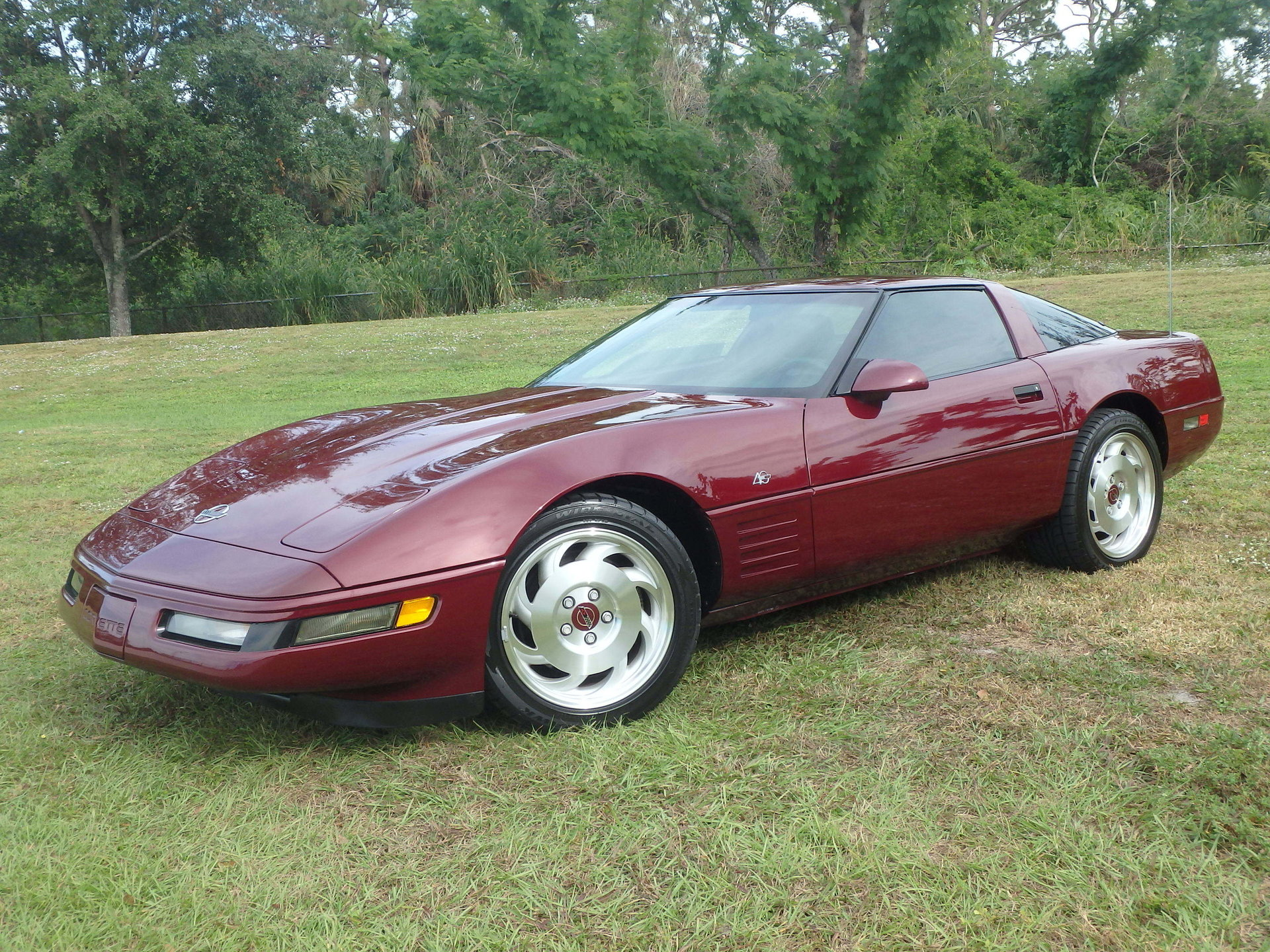 10005852f1b75 hd 1993 chevrolet corvette coupe