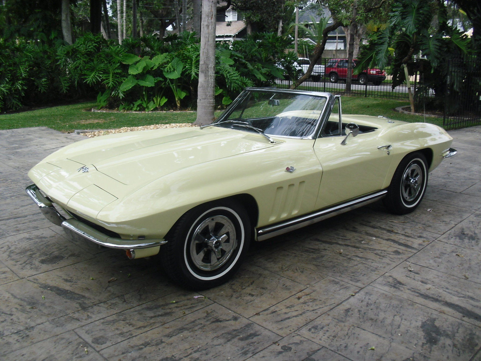 9546f88e41fa hd 1965 chevrolet corvette convertible