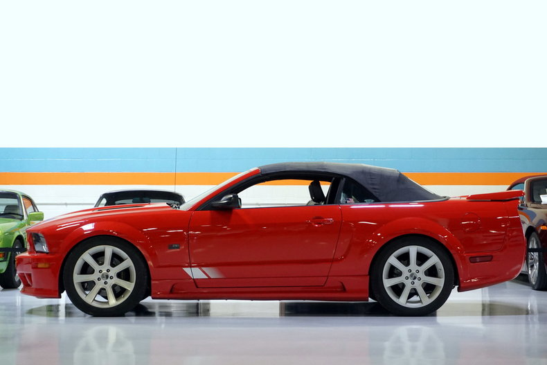 2006 Ford Mustang Saleen S281 GT Premium
