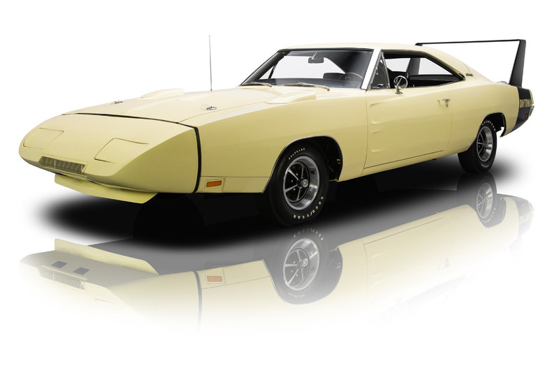 252611 1969 dodge charger daytona low res