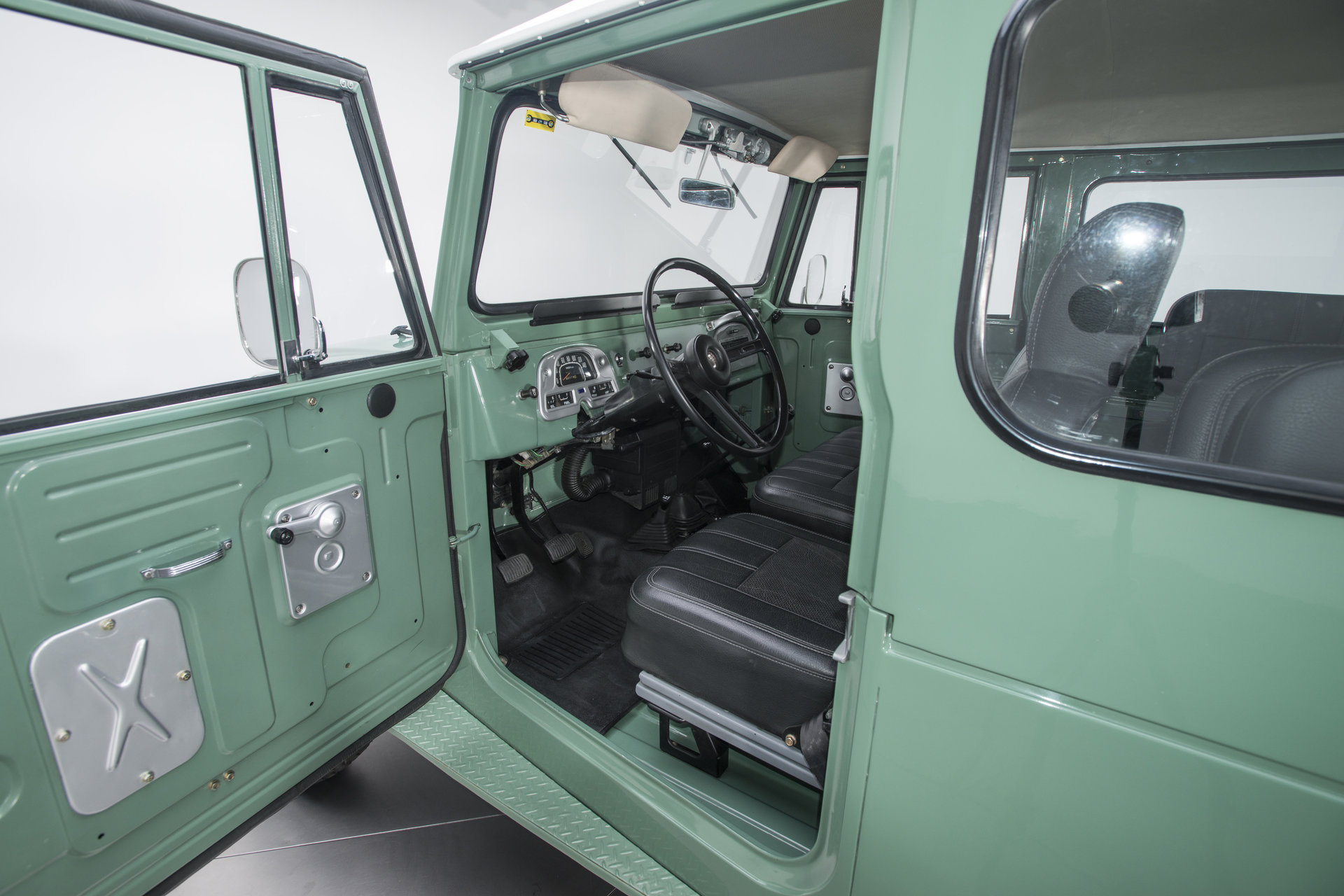 1973 Toyota Land Cruiser Berlin Motors Interior For Sale