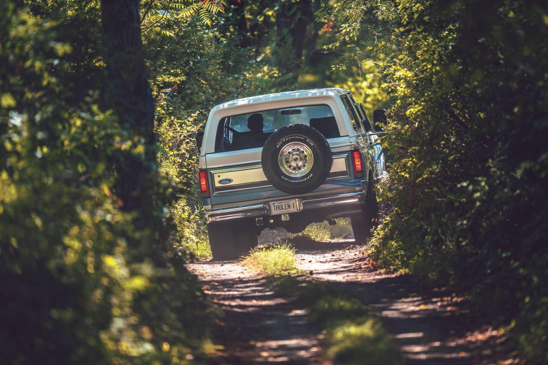 DW Burnett Ford Bronco