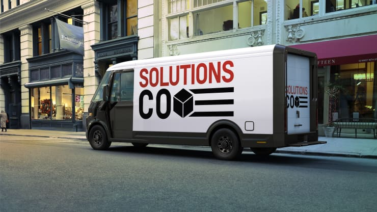 The first vehicle from GM's BrightDrop will be the EV600 — an electric light commercial vehicle purpose-built for the delivery of goods and services with up to 250 miles in range per charge. GM