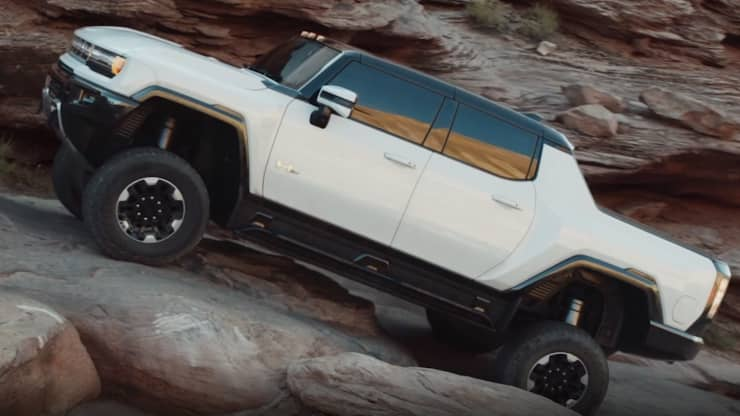 General Motors unveiled the 2022 GMC Hummer EV sport utility truck, or SUT, online and during national television broadcasts on Oct. 20, 2020. GM