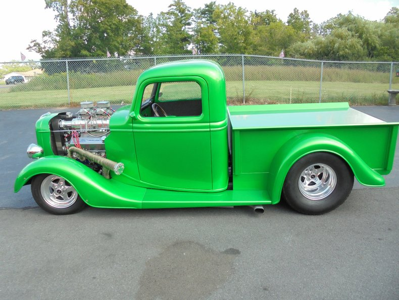 1935 Ford F100