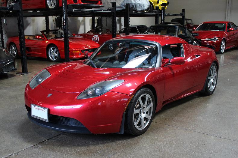 326011cd85079 low res 2008 tesla roadster