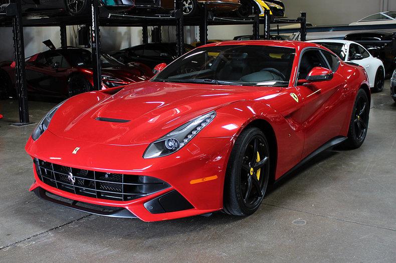 2016 Ferrari F12