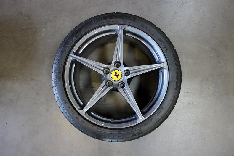 31385171bae3a low res ferrari wheels