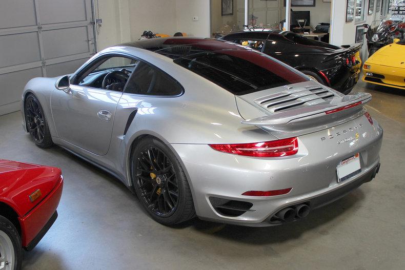 330840d73e736 low res 2014 porsche 911 turbo s