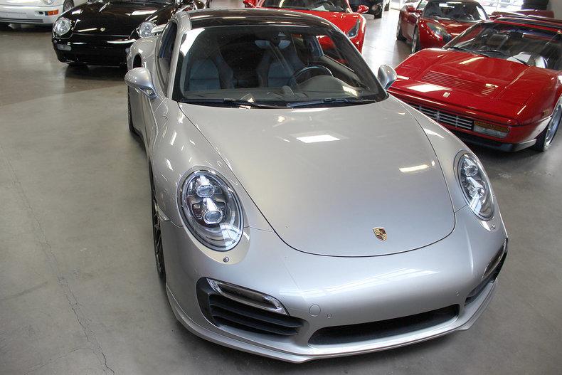 330918e790917 low res 2014 porsche 911 turbo s