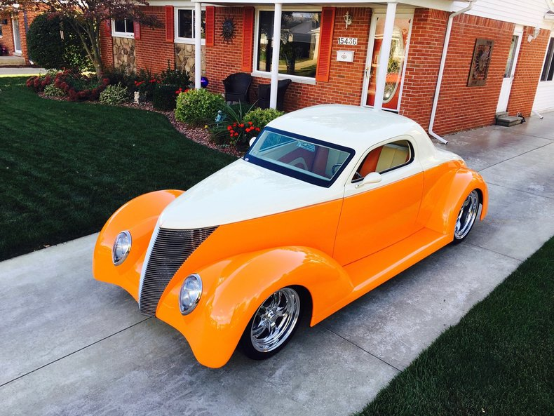 1937 Ford Three window coupe