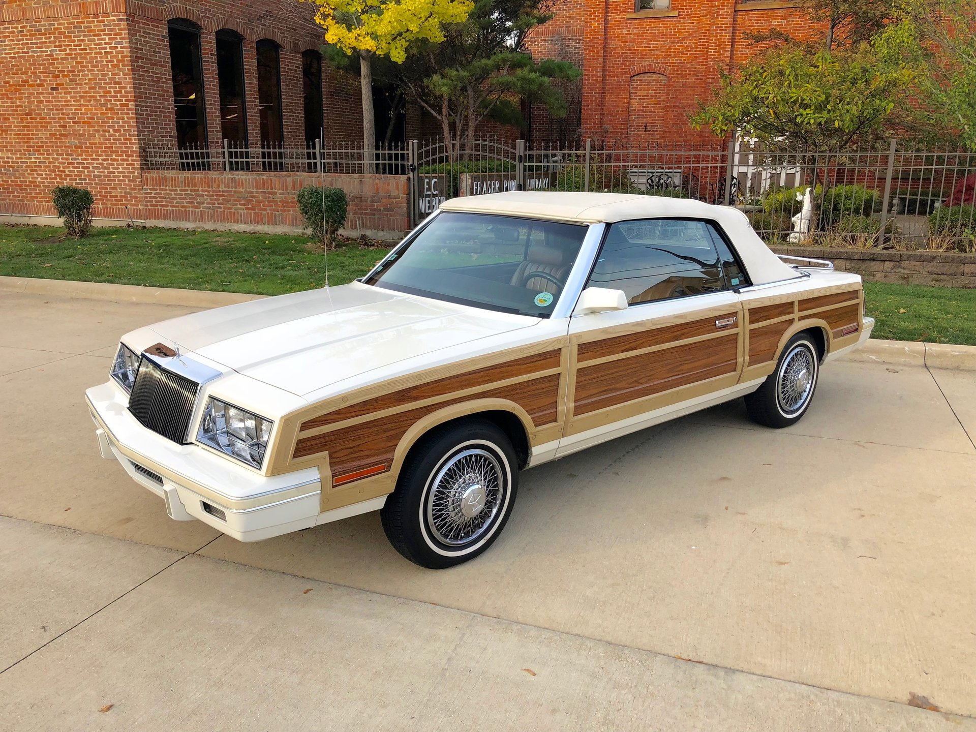 820485054fe3 hd 1984 chrysler town and country