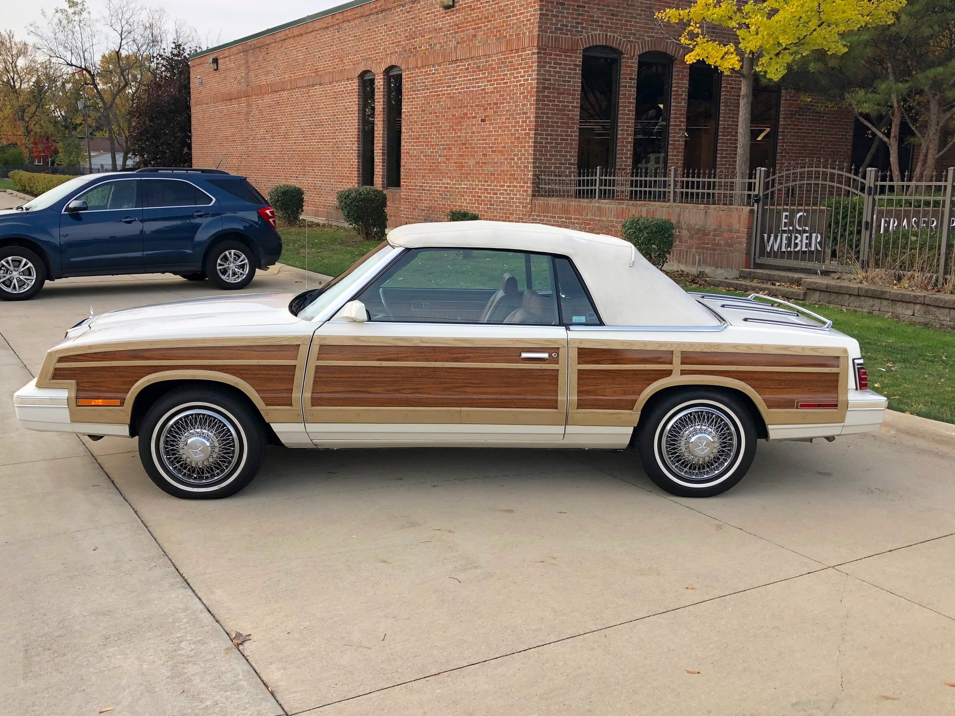 Rocky Top Auto Sales >> 1984 Chrysler Town and Country | Showdown Auto Sales - Drive Your Dream