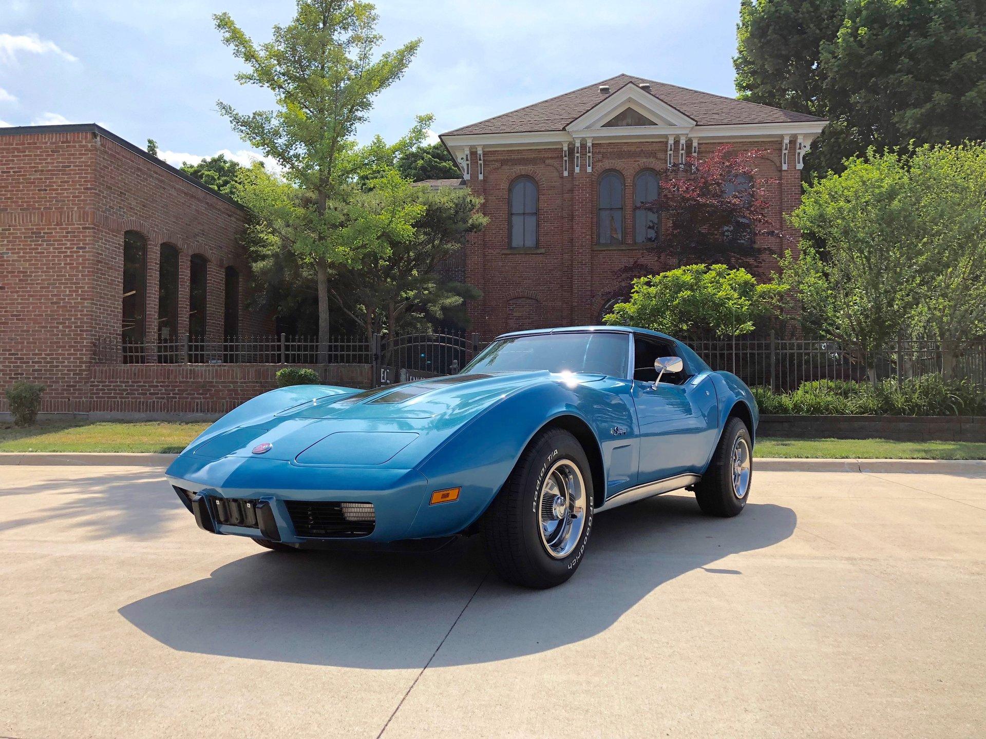 12034efb33644 hd 1975 chevrolet corvette