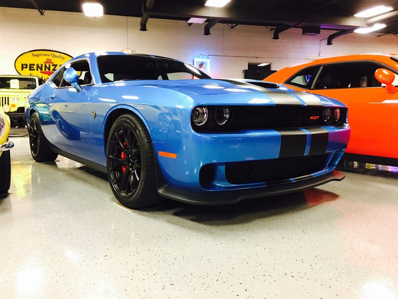 2016 dodge challenger srt hellcat for sale 51249 mcg. Black Bedroom Furniture Sets. Home Design Ideas