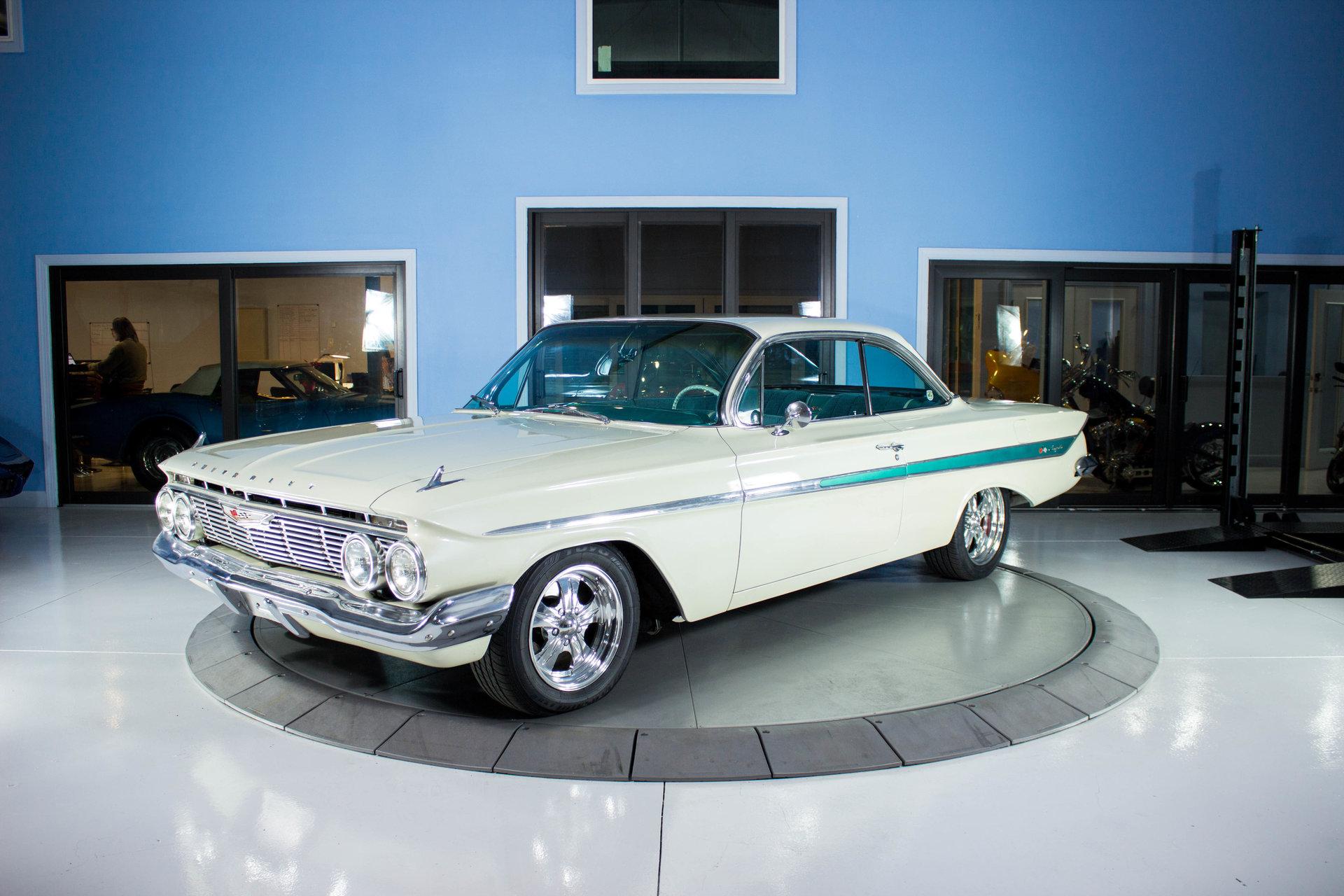 5202dd609431 hd 1961 chevrolet impala bubble top