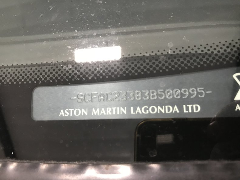 2003 Aston Martin Vanquish 21