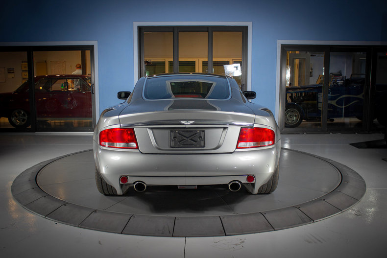 2003 Aston Martin Vanquish 4