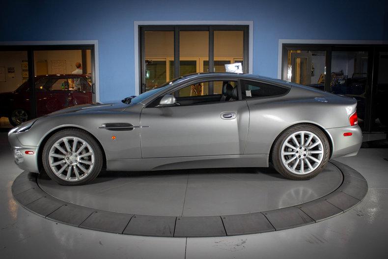 2003 Aston Martin Vanquish 2
