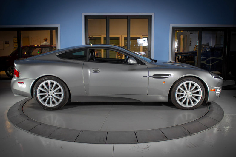2003 Aston Martin Vanquish 6
