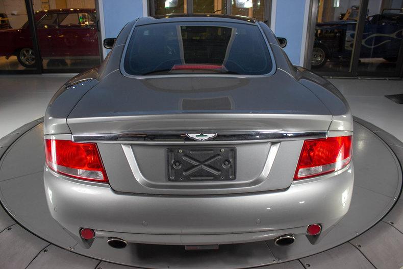 2003 Aston Martin Vanquish 17