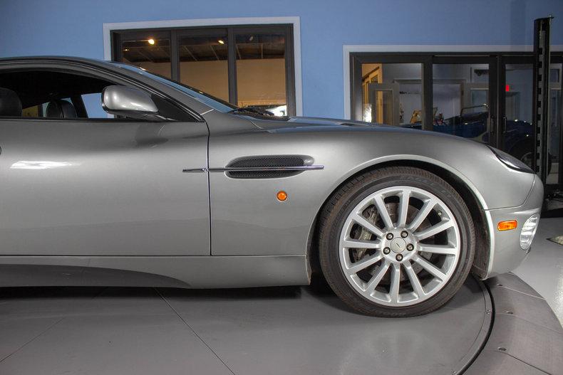 2003 Aston Martin Vanquish 16
