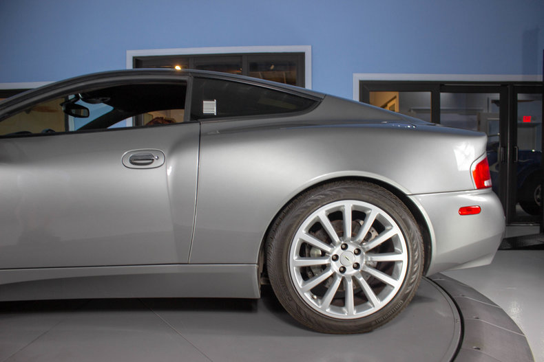 2003 Aston Martin Vanquish 14