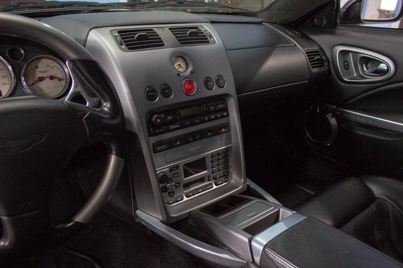 2003 Aston Martin Vanquish 28