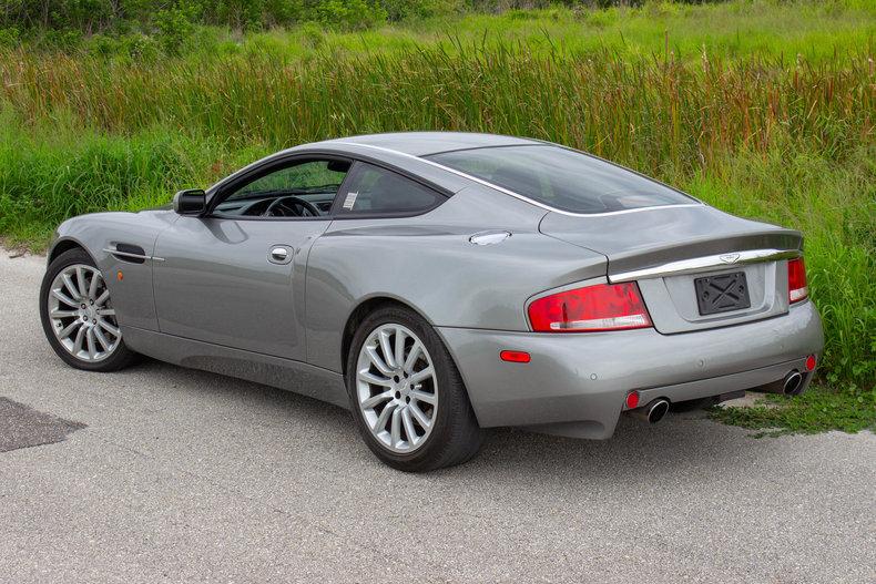 2003 Aston Martin Vanquish 41